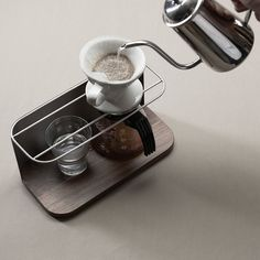 Apronn coffee dripper stand
