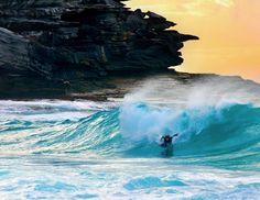 Wild & free: 30 amazing and breathtaking surfing photos Bali Travel, Hawaii Travel, Man Vs Wild, Coogee Beach, Surfing Photos, Rock Pools, Big Waves, Wild And Free, Ocean Beach