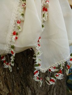 Turkısh Oya trimmed Long Scarf / Shawl Cream by Pllowcoversetc
