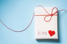 Love is in the air! Get inspired with the best ideas in our Valentine's Day guide, featuring gifts, recipes, style tips and date ideas for lasting memories.