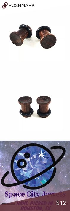 All Natural Single Flare Bamboo Ear Plugs 2g4g6g New! Pair of All natural wood and hand crafted ear gauge Plugs. Single Flare. The wood is bamboo. Each pair includes rubber o-ring to keep them in place. Available in 2g, 4g, & 6g.  ALL BODY JEWELRY PURCHASES ARE BUY ONE GET ONE FREE! SEE MY OTHER LISTINGS! Space City Jewels Jewelry Earrings