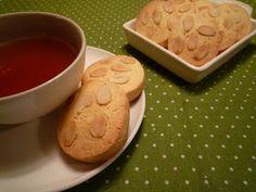 Cecillia優雅過生活: 用揉麵機做杏仁奶香餅乾