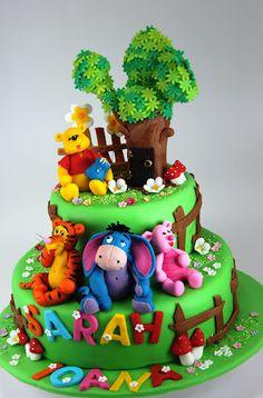 viorica's cakes: Winnie the pooh pentru Sarah