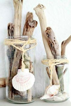 Driftwood in clear glass cans with rope and sea shells decor. Beautiful idea for beach house. Seashell Crafts, Beach Crafts, Diy Crafts, Driftwood Projects, Driftwood Art, Diy Projects, Driftwood Ideas, Design Projects, Beach House Decor