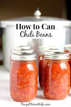 This tutorial for how to can chili beans is a must-have for making your own convenience food! Chili Recipe With Canned Beans, Chili Canning Recipe, Canning Soup Recipes, Canning Beans, Pressure Canning Recipes, Easy Canning, Canning 101, Pressure Cooking, Canning Food Preservation