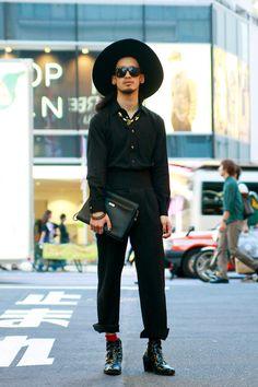 ストリートスナップ [10MO8] | COMME des GARÇONS, Dior, Dior Homme, KANSAI YAMAMOTO, ZARA | 原宿 | Fashionsnap.com