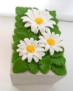 Fimo daisy