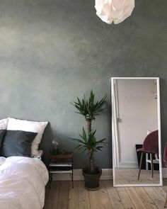 The perfect wall decor in a bedroom! This beautiful do-it-yourself KABE wall is made in the shade of Dusty Jade! See all our wall colors here: www.kabecopenhagen.dk/farver-2/