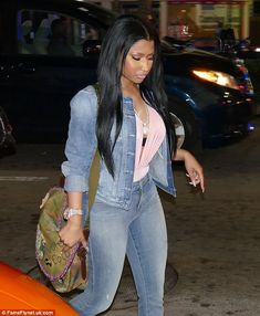 Nicki Minaj shows off her famous curves in plunging top and skintight jeans as she parties the night away with rapper fiance Meek Mill. Nicki Minaj Outfits, Nicki Minaj Barbie, Nicki Mianj, Nicki Baby, Nicki Minaj Pictures, Young Money, Double Denim, Love Hair, Celebs