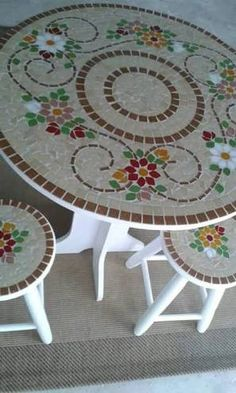 Image result for www.mosaico de azulejos em mesinhas
