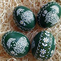 Easter Egg Designs, Ukrainian Easter Eggs, Egg Art, Painted Rocks, Special Occasion, Praha, Seasons, Scrambled Eggs, Holiday