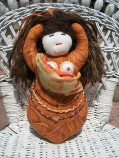 #Breastfeeding and #Babywearing Goddess doll