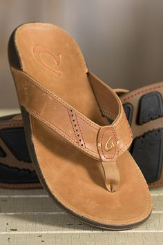 Men's Olukai Nui Leather Sandals » I have a pair of Olukai's and I love them, very well made.