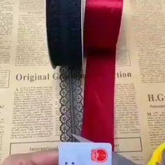 Diy Lace Ribbon Flowers, Diy Ribbon, Paper Flowers Diy, Flower Crafts, Fabric Flowers, Diy Crafts Hacks, Diy Crafts For Gifts, Diy Home Crafts, Paper Crafts Origami