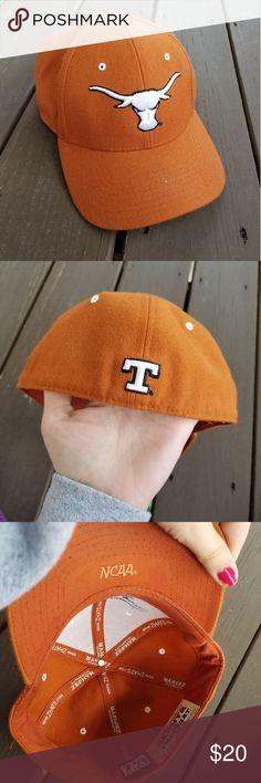0009cd01f7efff Texas Orange Longhorns NCAA NWOT Texas Orange Longhorns NCAA hat in size 7  1/4