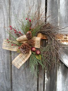 Christmas wreath - Hogbrush Wreath with Crabapples - Holiday wreath - Country wreath - Primitive wreath - Rustic Wreath