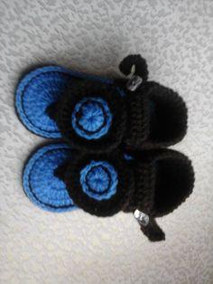 Crochet baby sandals- Sally's Fancy Crafts