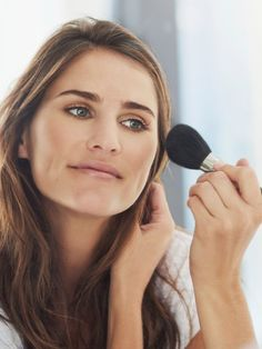 Ein natürliches, schnelles Tages-Make-up, das dich strahlen lässt. So geht's!