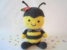 Stuffed Animal Bumble Bee Plush Crochet Stuffed Toy от CROriginals, $36.00