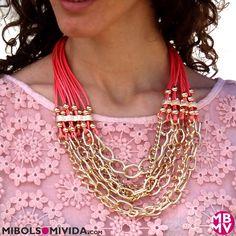Collar Dorado Y Coral, de MibolsoMivida.com
