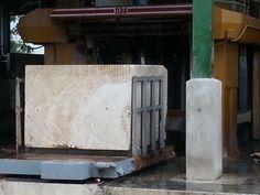 Gang - Saw Machine. Producing Coral Stone Slabs