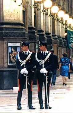 blah blah blah, 200 years old...they're literally the hottest police force on earth. is it the way too stylish uniform? the boots? the cape? i dunno. Milan Carabinieri Lombardy #WonderfulMilan #WonderfulExpo2015