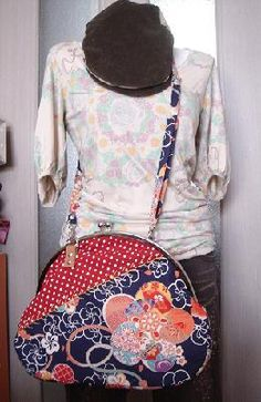 HOW TO! ハンドメイドがま口の作り方!】「世界に1つ」を自分で作ろう! Diy Backpack, Frame Purse, Patchwork Bags, Purse Patterns, Fabric Bags, Handmade Bags, Boutique, Bag Accessories, Purses And Bags
