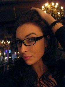 Heidi, 31, Tamworth | Ilikeq.com