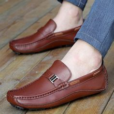 Cheap loafers slip on, Buy Quality loafers men directly from China loafers casual Suppliers: Akexiya Men Shoes Genuine Leather Loafers Slip On Casual Driving Shoes Mocassins Flats Sapatos Masculinos Social Zapatos Hombre Casual Leather Shoes, Leather Dress Shoes, Casual Shoes, Fashion Casual, Mens Fashion Shoes, Loafers Men, Leather Loafers, Driving Shoes Men, Mens Slippers