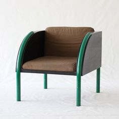 Shiro Kuramata, 1931 - 1994 ''Kuramata showed us that a chair is not just an object to sit on but a way to dream and defy gravity. My Furniture, Modern Furniture, Furniture Design, Sofa Chair, Armchair, Outdoor Chairs, Dining Chairs, Memphis Design, Small Sofa