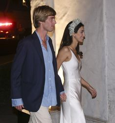 Royal wedding in Lima❣️ . Prince Chrisian of Hannover and Alessandra de Osma's wedding in Lima, Peru March): - after the church… Dream Wedding Dresses, Bridal Dresses, Wedding Gowns, Wedding After Party, Civil Wedding, Royal Weddings, Wedding Bells, Wedding Styles, Marie