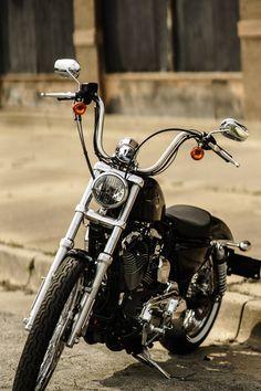 harley-davidson sportster forty-eight Hd Sportster, Harley Davidson Sportster 1200, Harley Davidson Chopper, Harley Davidson Custom Bike, Harley Davidson Posters, Bobber Motorcycle, Bobber Chopper, Motos Harley, Harley Bobber