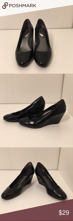 Alfani Step n Flex black heels This cute and comfortable black Alfani step n flex heels/ wedges are a size 6. Great condition! No stains and no tares. Very versatile and fashionable. Alfani Shoes Heels