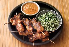 Kebab v rúre - Báječné recepty Chicken Satay, Chia Puding, Creative Food, Pork, Turkey, Cooking Recipes, Meat, Food Cakes, Pineapple