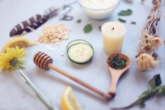 Homemade Natural Facial Cleansers for Dry, Oily, & Normal Skin on Free people's blog