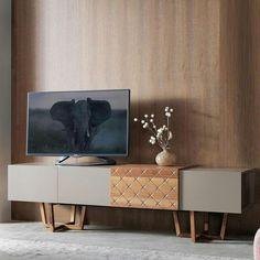 Ideas furniture design cabinet credenzas for 2019 Tv Furniture, Trendy Furniture, Refurbished Furniture, Living Room Furniture, Living Room Decor, Furniture Makeover, Industrial Design Furniture, Furniture Design, Furniture Inspiration
