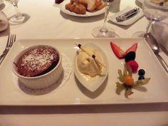 Schokoküchlein mit Tonkabohneneis Tonka Bohne, Pudding, Desserts, Food, Dessert Ideas, Easter Activities, Food And Drinks, Food Food, Recipes