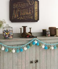 Pompom Garland freebie pattern, thanks so xox ☆ ★ https://www.pinterest.com/peacefuldoves/