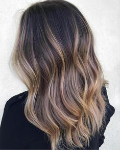 Long Wavy Ash-Brown Balayage - 20 Light Brown Hair Color Ideas for Your New Look - The Trending Hairstyle Caramel Hair Highlights, Hair Color Caramel, Caramel Balayage, Brown Hair With Highlights, Balayage Highlights, Brown Hair Colors, Brunette Highlights, Color Highlights, Blonde Brunette