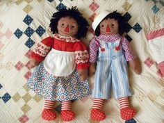 Beautiful pair of Raggedy Ann and Andy dolls by Louise Dolan.