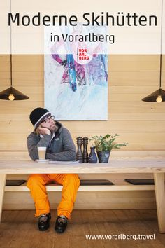Gut essen in zeitgenössischem Ambiente lautet die Devise. Empfehlungen für moderne Bergrestaurants und Skihütten in Vorarlberg. Wie gut sich angemessenes zeitgenössisches Bauen mit Hütten- und Berggastronomiekonzepten verträgt, beweisen diese Vorarlberger Bergrestaurants und Skihütten. Die gestalterische Raffinesse bringt Details erst so richtig zur Geltung und setzt Akzente in der Bergwelt abseits alpenländischer Klischees. Restaurant, Modern, Baseball Cards, Motto, Fine Dining, Eating Well, Ski, Interesting Facts, Drinking