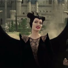 ho's ready to see Angelina in Maleficent 😍? Angelina Jolie Maleficent, Disney Maleficent, Disney Villains, Maleficent Quotes, Evil Disney, Disney Love, Disney Memes, Disney Cartoons, Power Of Evil