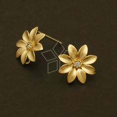 / 2 Pcs – Little Flower Earrings, Matte Gold Plated, with Sterling Silver Post / – Electroformed Jewelry Gold Jhumka Earrings, Jewelry Design Earrings, Gold Earrings Designs, Gold Jewellery Design, Flower Earrings, Fancy Jewellery, Diamond Jewellery, Gold Jewelry Simple, Matte Gold