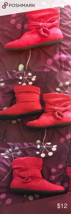 Red Booties Red booties perfect for the winter season! Cute and comfy! Hardly worn Shoes Ankle Boots & Booties