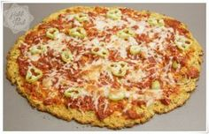 karnabahar pizzası tarifi – Keto tarifleri – The Most Practical and Easy Recipes Buffalo Chicken, Sandwiches, Hawaiian Pizza, Going Vegan, Diet Recipes, Diet Meals, Baked Potato, Quiche, Easy