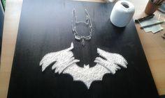 Batman DC Comics Arkham inspired String Art DIY done by Meike Shepherd ----- Batman inspirierte Fadenkunst von Meike Schäfer ----- Bild Wandbild black white selfmade in progress