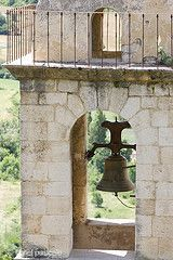 Montbrun-les-Bains eglise provence drôme drome http://www.bien-etre-drome.com/