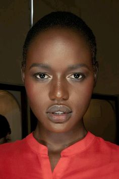 Black Models with Short Hair Black Models with Short Hair accompanied… – Hair Styles Black Female Model, Black Models, Female Models, My Black Is Beautiful, Beautiful Lips, Beautiful Pictures, Ebony Beauty, Dark Beauty, Natural Beauty