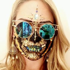 RAVE SKULL ☠️✨The best parties I've ever been to were Halloween parties. Perhaps it's the icebreaker of wearing a costume or maybe it's because our alter ego's come out and we feel more free to embody a sense of self expression. Here is a skull makeup inspired by all the sequins, bindis, cool sunglasses and festival apparel I have been looking at as of late, which could go down well at a Halloween rave. A special thank you to @thecrystalninja for my massive beautiful Swarovski kit o...