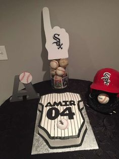 Arlene L's Baby Shower / Baseball - Photo Gallery at Catch My Party Baby Shower Cakes For Boys, Baby Shower Themes, Baby Boy Shower, Shower Ideas, Baby Shower Gender Reveal, Baby Gender, Baby Baby, Shower Party, Baby Shower Parties